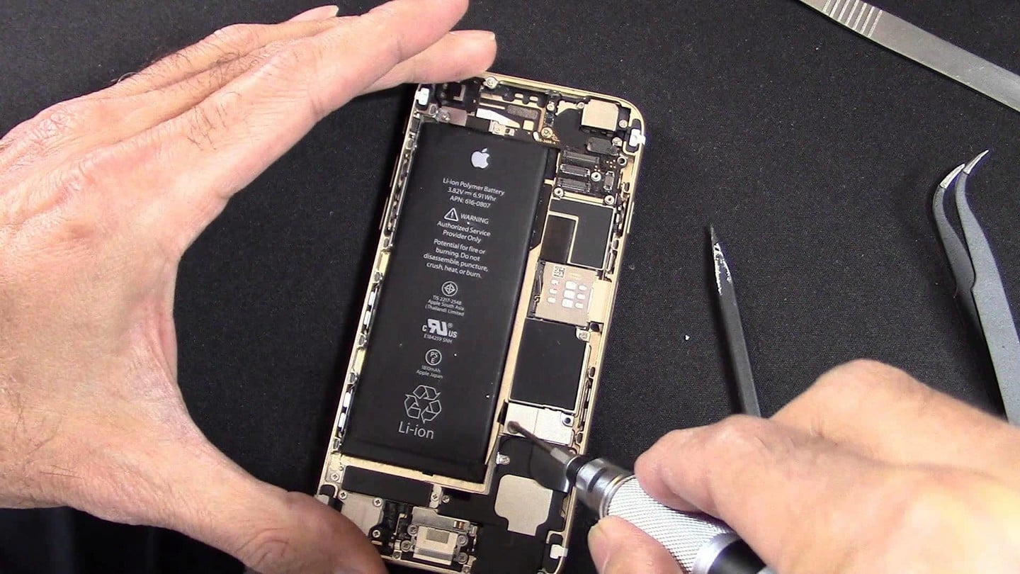 iphone 5 replacement program apple could soon announce an iphone 6 battery replacement 14568